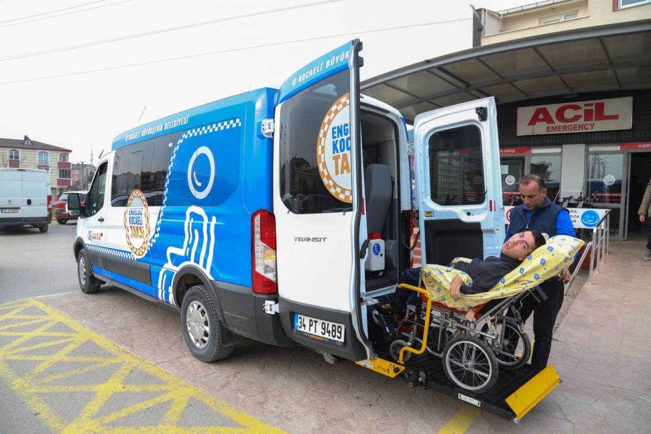Kocaeli Belediyesi Bu Taksi Her Engeli Aşıyor...