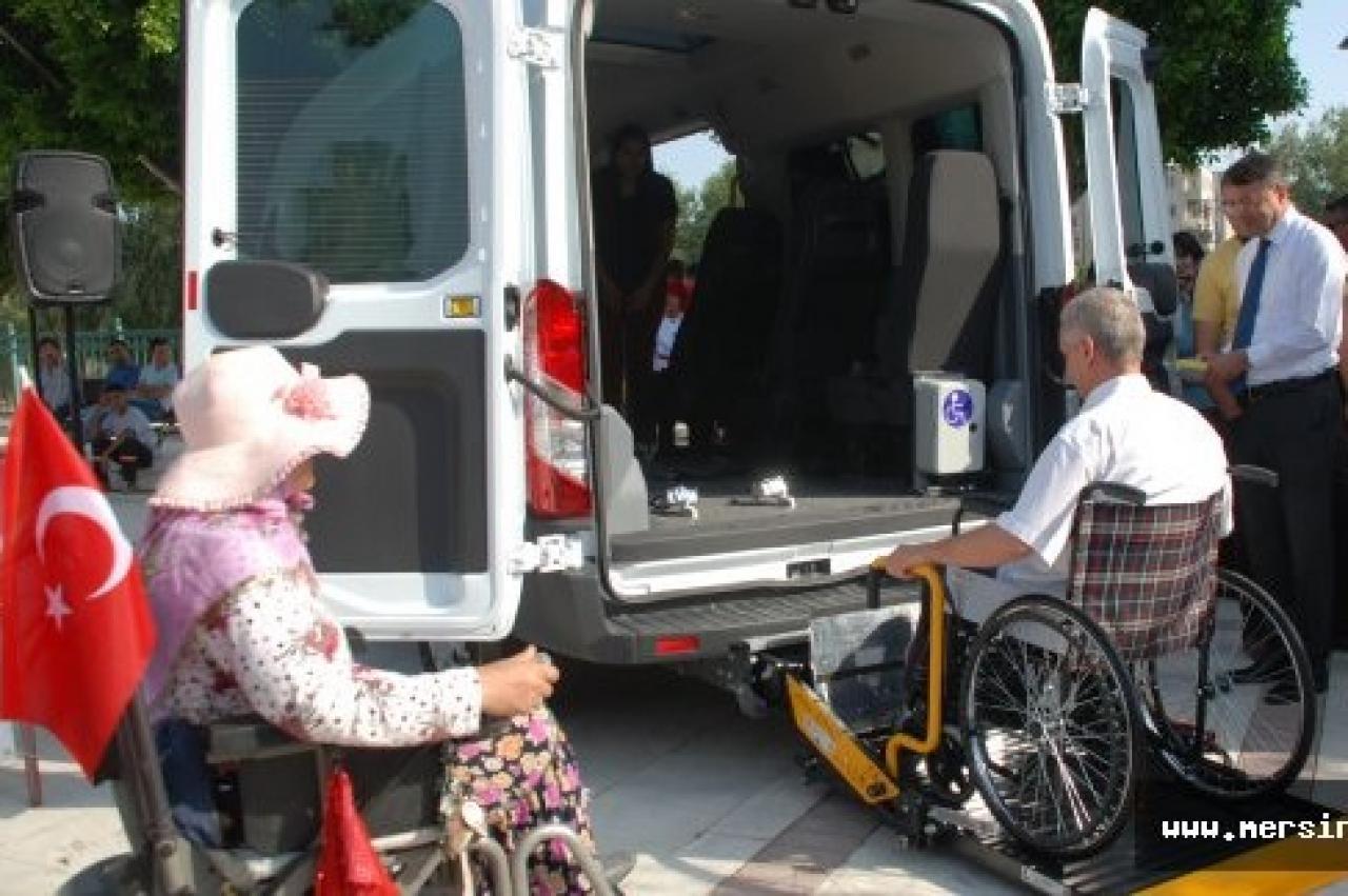 Silifke'de Engelli ve Yaşlı Taşıma Aracı Hizmete Girdi...