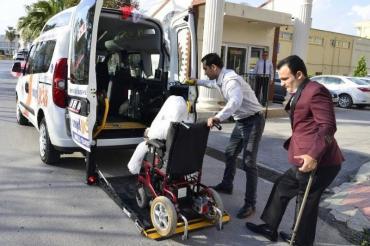 Engelli Transfer Aracıyla Mersin'de Engeller Kalkıyor...