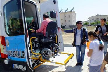 Didim ve Yöresi Engelliler Derneği Bünyesinde Engelli Aracı Hizmete Başladı...