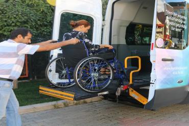 Karabağlar Belediyesi Engelli Nakil Aracı Hizmete Başladı...