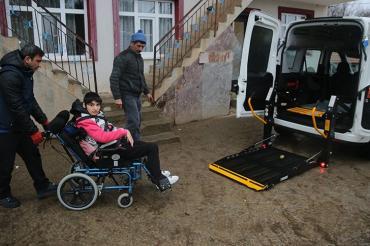 Kocaeli Belediyesi Engelsiz Taksiler Hizmette Sınır Tanımıyor...