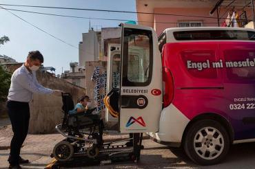 Mersin Büyükşehir Belediyesi Engelli Araçları Hizmete Başladı